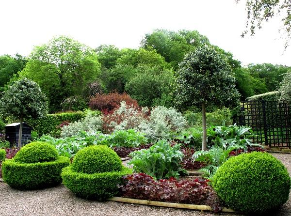 may-3rd-2013-020-charles-garden-jpg-s