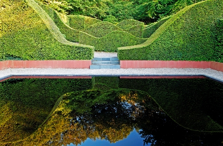 Reflecting-pool-at-Veddw.-Copyright-Charles-Hawes Monmouthshire, South Wales Garden