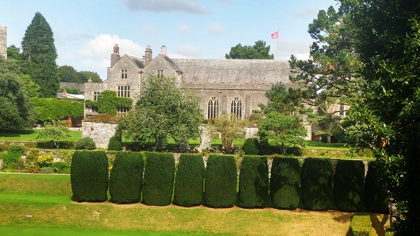 dartington-hall-copyright-anne-wareham-1-20160914_140241_hdr